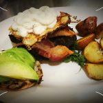 avocado-egg-sandwich