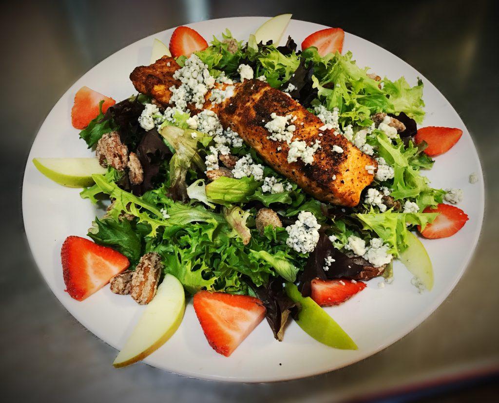 salmon-strawberry-salad